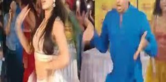 Jhanvi and Ishan Dance Practice Zingatt Song Part 2