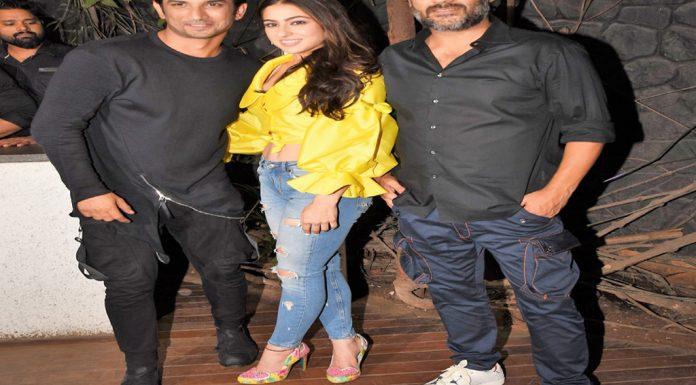 Sara Ali Khan and Sushant Singh Rajput Funny Moment at Kedarnath Wrap Up Party